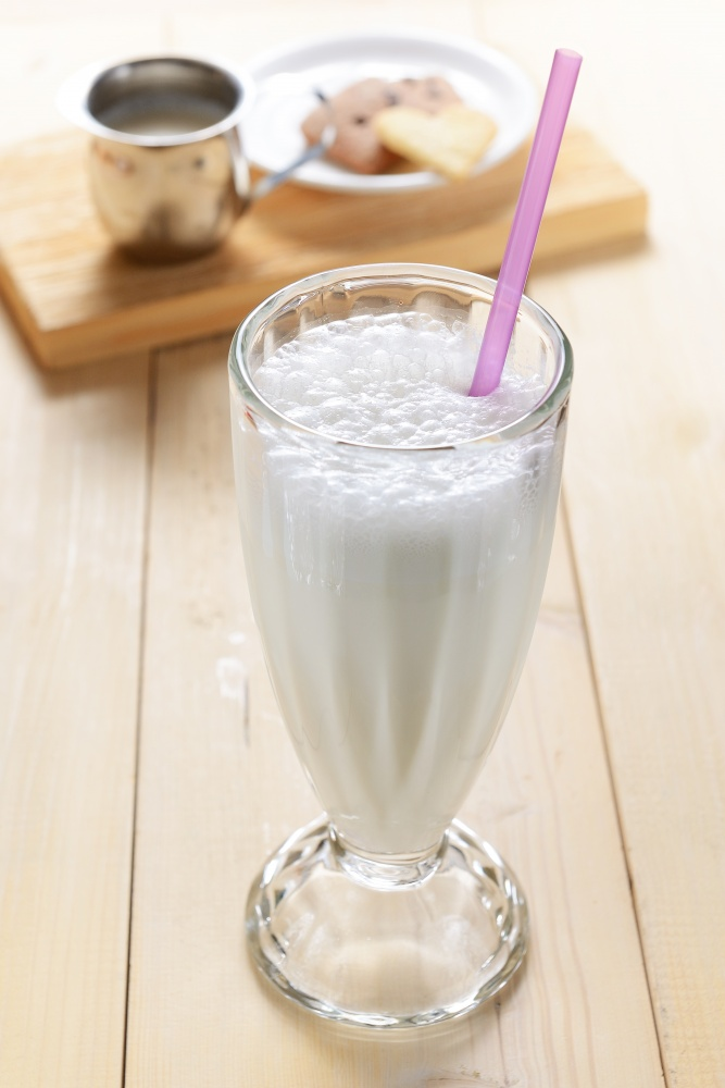 простой молочный коктейль