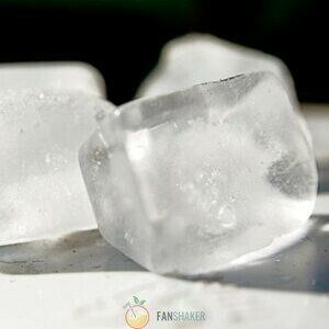 Добавить лёд или сахар при необходимости