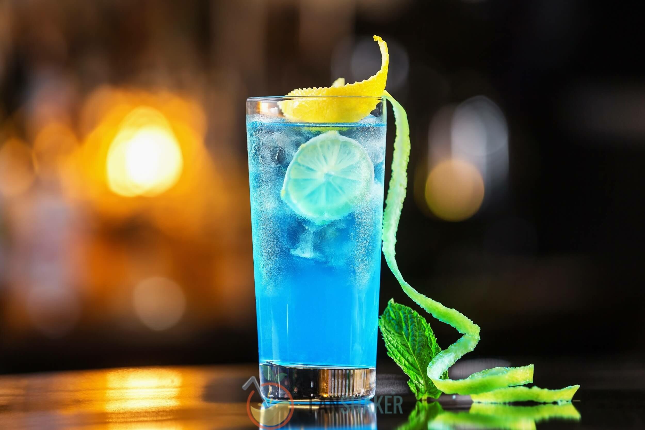 Мистический синий