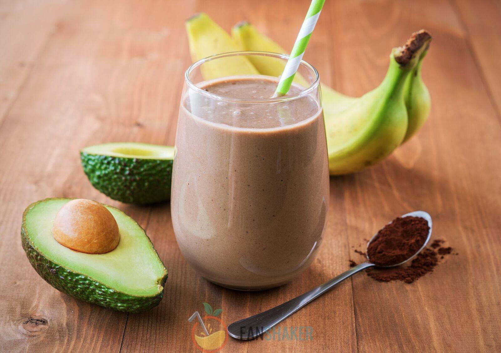 Шоколадный смузи с авокадо
