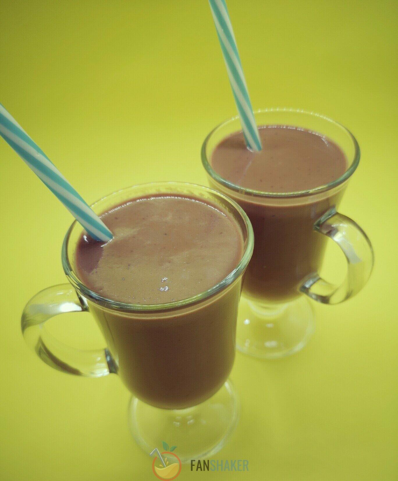 шоколадно-банановый милкшейк