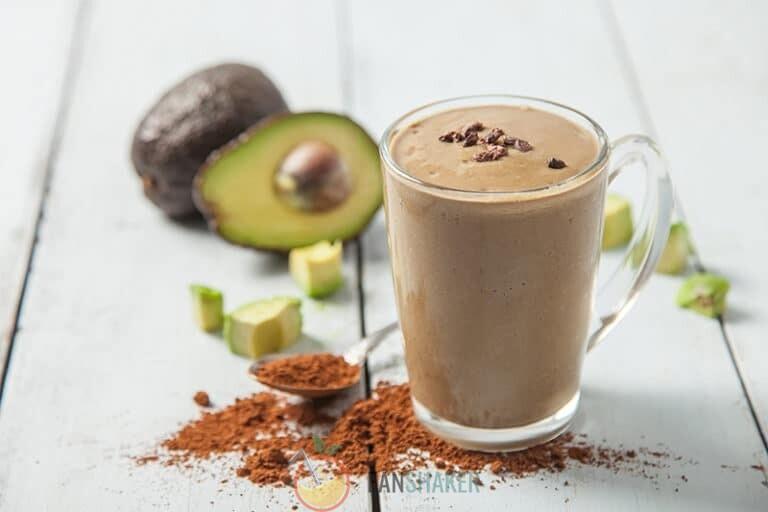 авокадный смузи с какао